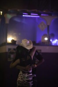 bl000736_slow-dancing-white-hat