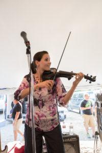 bl000793_violinist